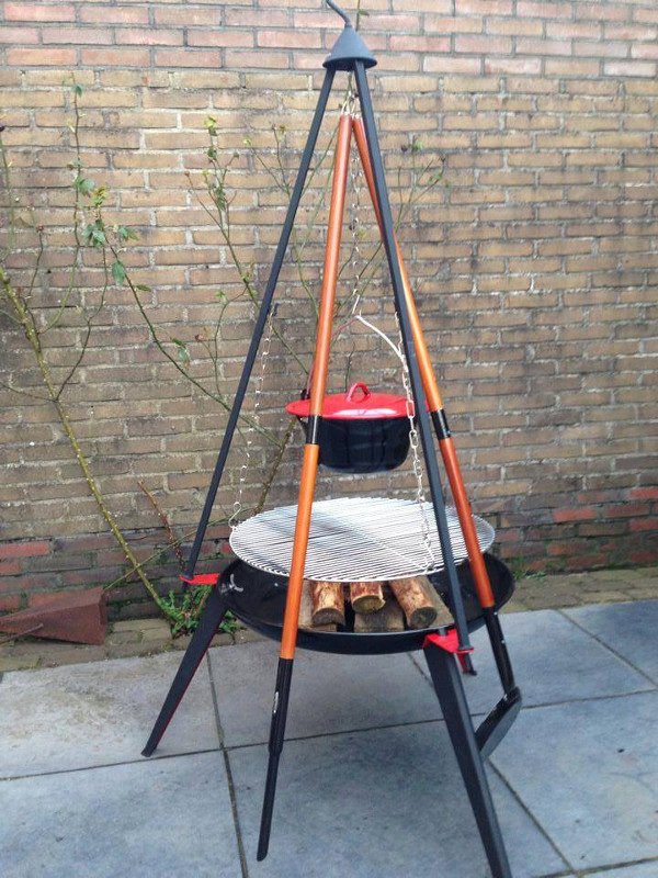 Driepoot grillrooster met hoge vuurschaal en 6 liter pan