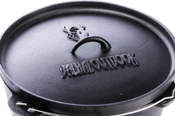 Pulled BBQ chicken in de Dutch Oven