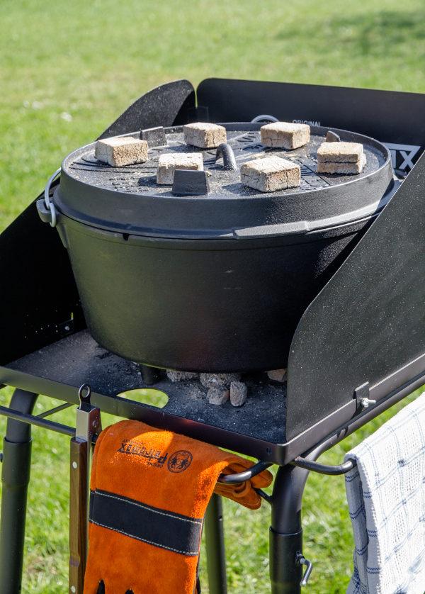 Petromax Dutch oven vuurtafel klein